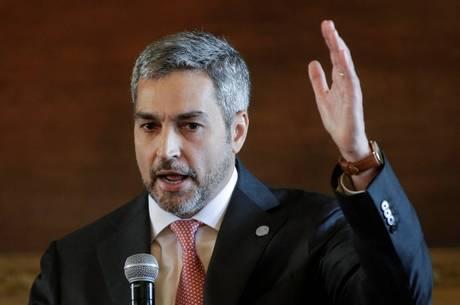 Paraguai anuncia comissão em meio a crise política