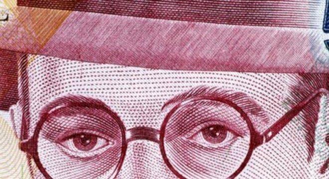 Por sua importância na literatura brasileira, Mário de Andrade estampou nota de 500 mil cruzeiros