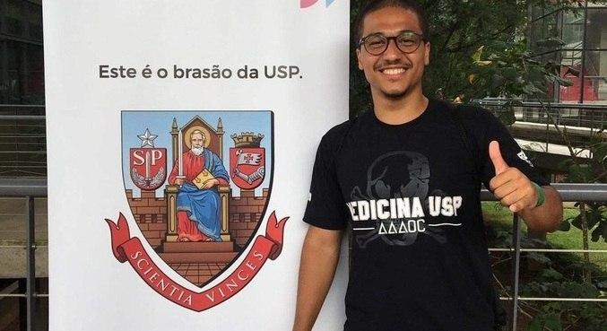 Após três anos de estudo, Mario passou em medicina na USP