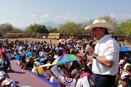 Mario Estrada disputaria a presidência em junho