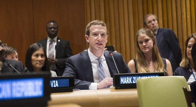 O fundador do Facebook, Mark Zuckerberg, afirmou na ONU que a internet 'pertence a todos'