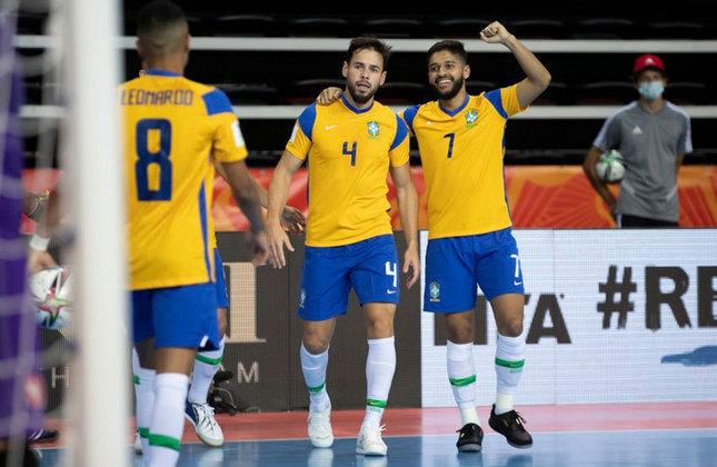 Marlon (Fixo) - O camisa 4 do Brasil tem 33 anos e é mais um estreante em mundiais. Ele atua na Espanha, no Palma Futsal.