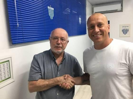 Marquinhos - Considerado o maior ídolo da história do Avaí, o ex-meia Marquinhos  é diretor de futebol do Leão. Ele é torcedor assumido do clube, e conta que desde muito pequeno já tinha essa paixão pelo Leão da Ilha