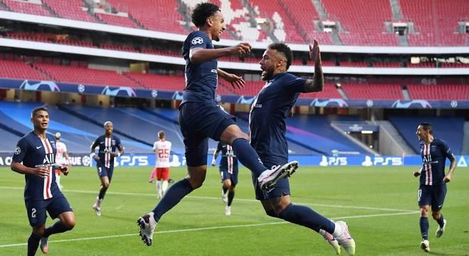 Marquinhos fez primeiro gol da vitória do PSG sobre RB Leipzig no Estádio da Luz