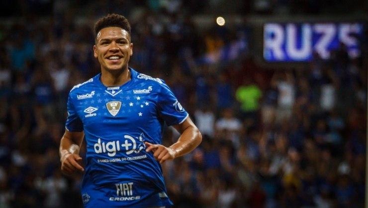 Marquinhos Gabriel, que já passou por alguns times brasileiros como Santos e Corinthians, está livre no mercado desde que deixou o Cruzeiro
