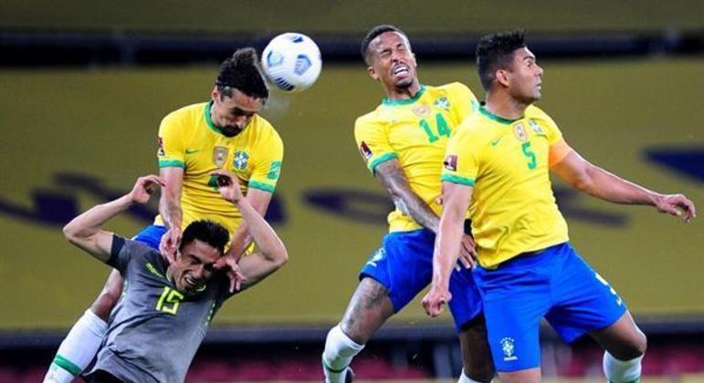 Zaga do Brasil teve pouco trabalho contra o Equador