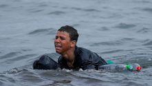 Garoto foge de Marrocos e chega a nado à Espanha, mas é deportado