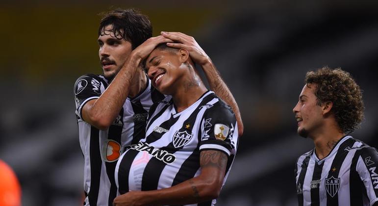 Marrony marcou o segundo gol do Atlético, na goleada de ontem. Vai ser pai