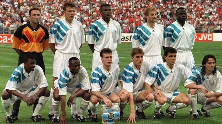 Marselha - O time francês conquistou a Champions League na temporada 1992/93 sem perder. Foram 7 vitórias e 4 empates
