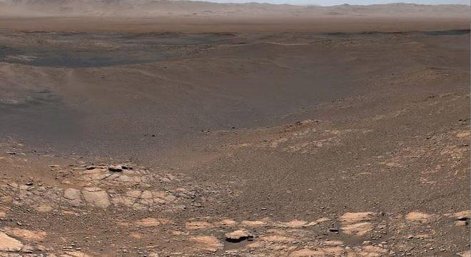 Parte do registro panorâmico feito da superfície de Marte pela sonda Curiosity