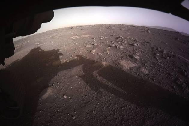 Há quase dois meses, o rover Perseverance, da Nasa, a agência espacial norte-americana, tirava a sua primeira foto colorida da superfície do planeta vermelho. Confira os melhores cliques na feitos pelo robô até agora:*Estagiária do R7 sob supervisão de Pablo Marques