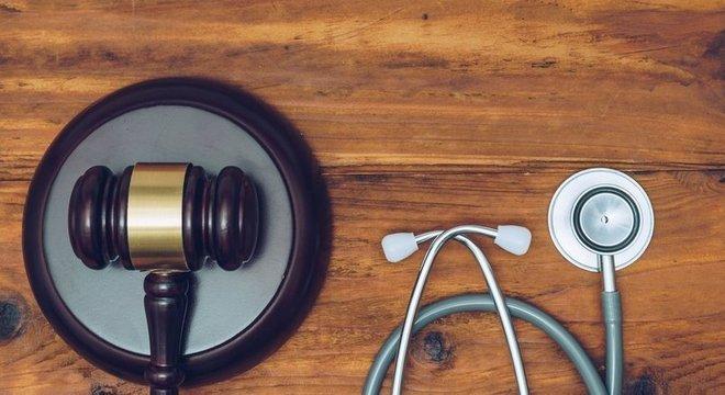 Segundo o CNJ, foram pelo menos 26 mil processos referentes a erro médico no Brasil em 2017