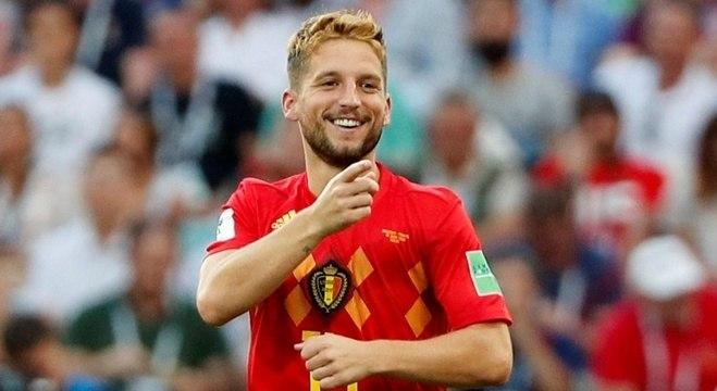 Mertens comemora o primeiro gol da Bélgica na vitória por 3 a 0 sobre o Panamá