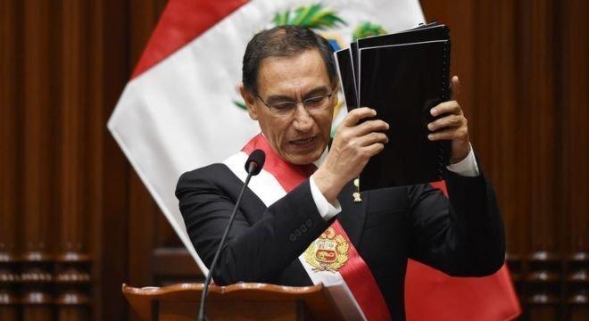 Martín Vizcarra anunciou a dissolução do Congresso
