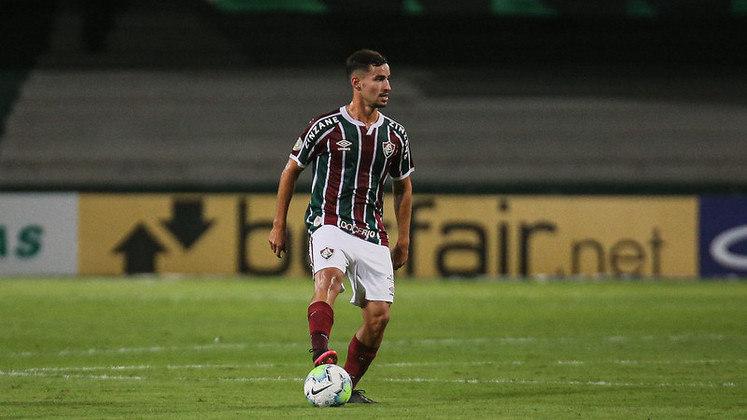Martinelli - 3 gols