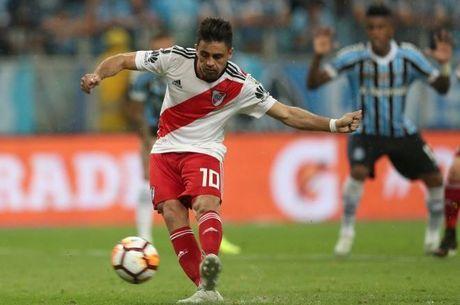 Martínenz cobrou pênalti que classificou River Plate