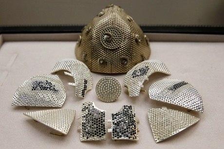 Colecionador de arte encomenda máscara de US$1,5 milhão