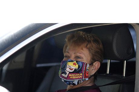 Máscara virou moda nos EUA