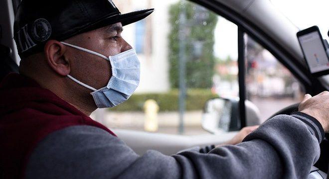 Uso de máscaras no transporte é obrigatório desde o dia 4 de maio