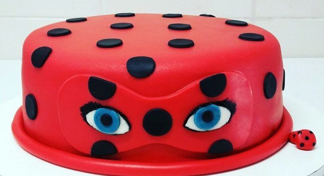 máscara da ladybug