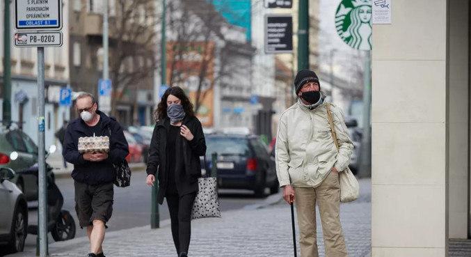 Estudos são necessários para apurar eficácia de máscara caseira contra Sars-CoV-2