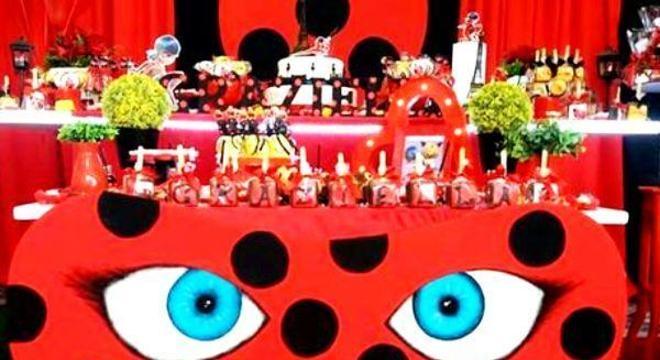 Máscara ladybug com máscara