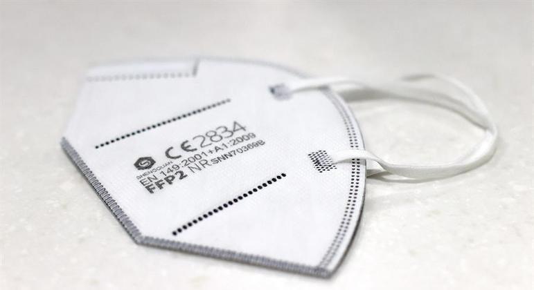 Máscara para prevenção de contaminação pelo coronavírus