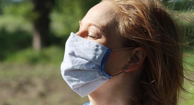 Empresa doará máscaras em troca de alimentos não perecíveis