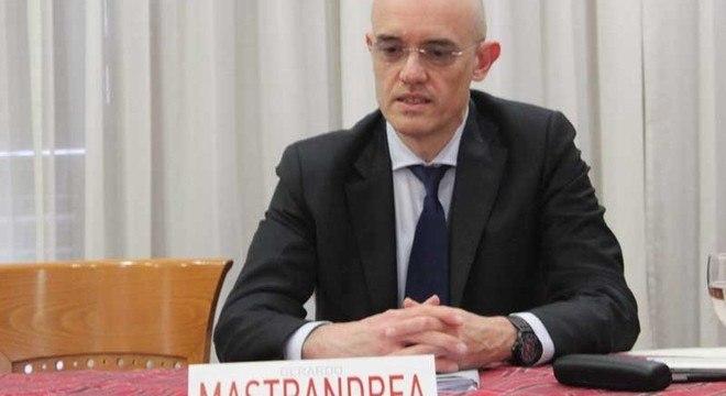 """Gerardo Mastrandrea, o """"Giudice Sportivo"""""""