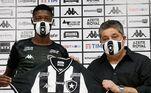Depois de se destacar pela equipe carioca, Babi chamou atenção do Botafogo e logo assinou com o Alvinegro, no meio do ano passado
