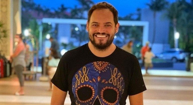 """Matheus Ceará foi afastado das gravações de """"A Praça é Nossa"""""""