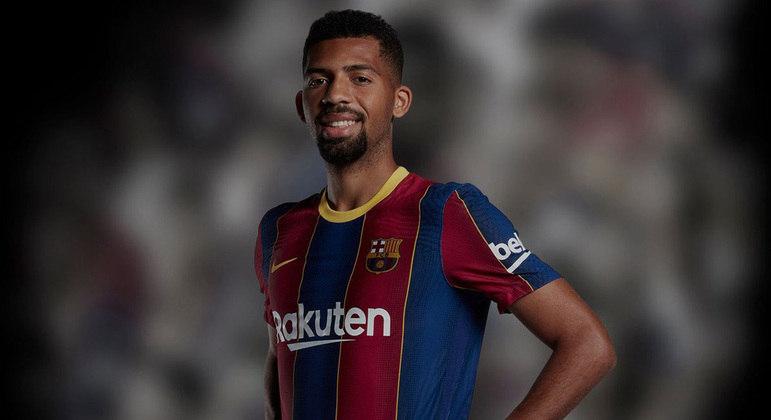Matheus Fernandes. Multa de R$ 1,4 bilhão. Contrato rescindido pelo Barcelona depois de um ano