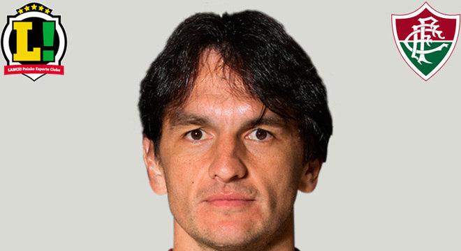 Matheus Ferraz - 6,0 - Cortou mal a bola que resultou no gol de Arrascaeta, mas, no geral, foi bem e não comprometeu a defesa do Fluminense.