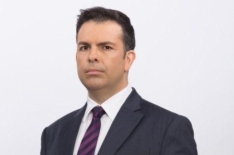 Matheus Furlan apresenta o Balanço Geral SP aos sábados