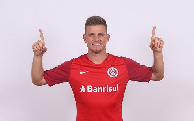 Matheus Galdezani - (Internacional) - Em 11 de janeiro de 2019, Galdezani se juntou ao Internacional por empréstimo de uma temporada. Contudo, se lesionou durante a pré-temporada e nunca chegou a jogar uma partida oficial pelo clube, sendo devolvido ao Coritiba ao fim do ano.