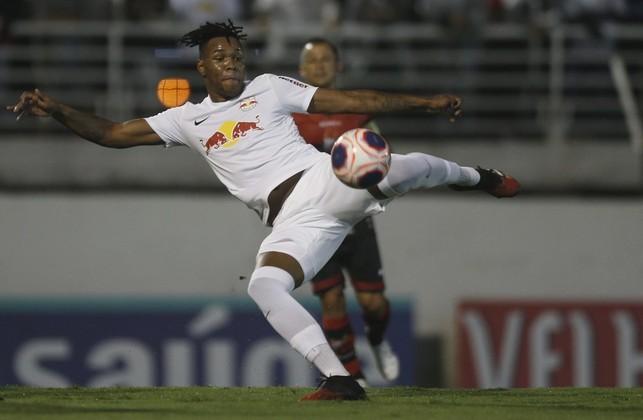 Matheus Jesus (meia - 23 anos) - Pertence ao Corinthians e está emprestado ao Red Bull Bragantino somente até 28/2 - Teve um bom momento no Massa Bruta. Varia entre jogos como titular e outros no banco