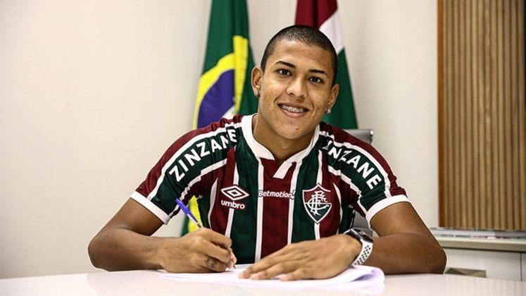 Matheus Martins - 18 anos - atacante - contrato com o Fluminense até 31/12/2024