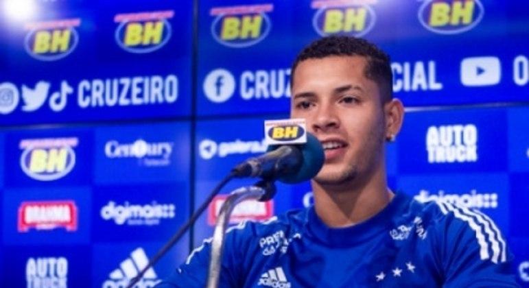 Matheus Pereira recuperou a titularidade no Cruzeiro após começar a temporada na reserva