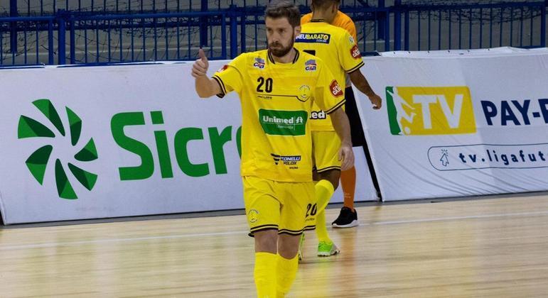Matheus Sacon é o único jogador daltônico da Liga Nacional de Futsal