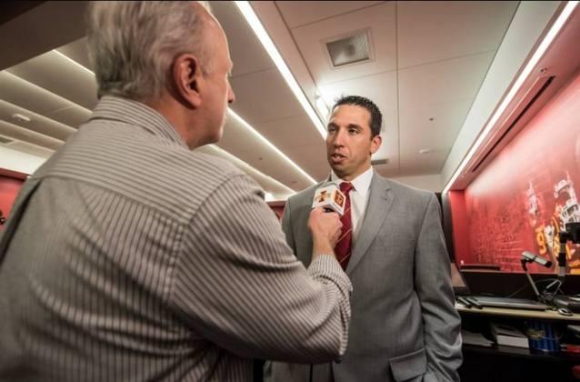 Matt Campbell – Treinador de Iowa State: Mudou a cultura de um programa acostumado a derrotas, o transformando em vencedor após poucos anos. Pode ser contratado pelos times que buscam um 'novo Matt Rhule'.
