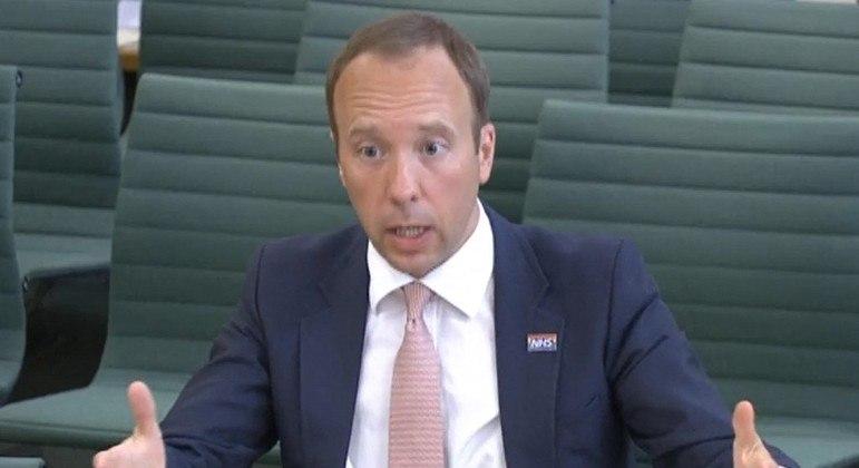 Ministro da Saúde do Reino Unido havia declarado antes que o percentual era de 40%