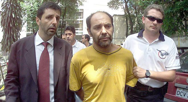 Norambuena (ao centro) cumpre pena por associação criminosa, tortura e sequestro