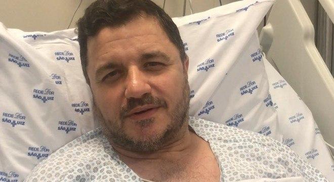 Cantor está internado em um hospital em São Caetano do Sul, na Grande SP