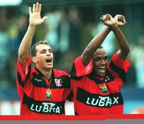 Maurinho - O ex-lateral (à esquerda na foto) entrou no segundo tempo da decisão. Após se aposentar em 2010, se tornou auxiliar técnico e trabalhou no Bragantino e no Vitória, ao lado de Petkovic. Em 2020, assumiu o comando do Serrano, onde ficou até março deste ano.