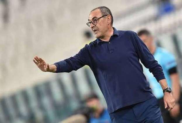Maurizio Sarri é outro técnico que deixou o mercado recentemente.