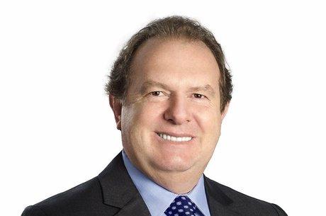 Mauro Carlesse, do PHS, é reeleito governador no Tocantins