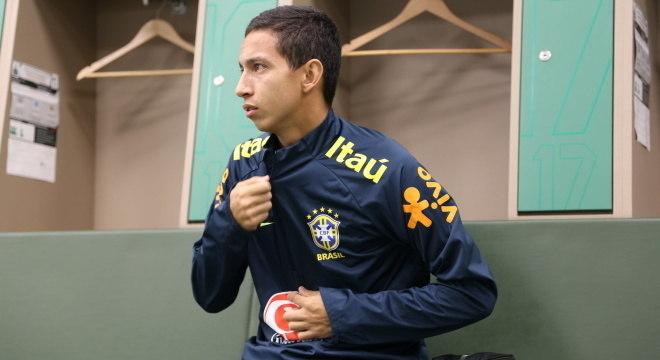 Jogador do PSV,  Mauro Júnior retorna à seleção após convocações em 2019