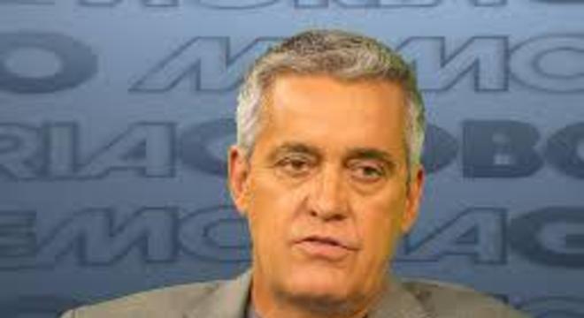 Mauro Naves foi afastado da emissora