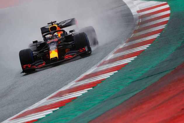 Max Verstappen acabou 0s786 atrás de Lewis Hamilton na classificação