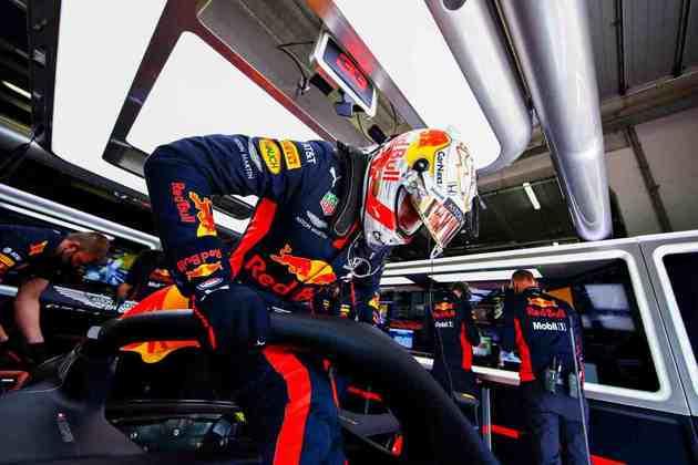 Max Verstappen chegou a ser candidato ao primeiro posto, mas ficou em terceiro